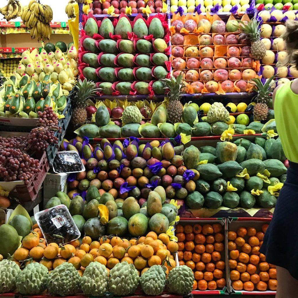 прилавок фруктов из Египта